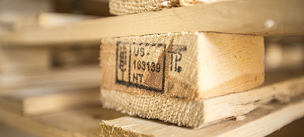 Ibertransit te informa sobre la nueva normativa para el transporte de mercancías NIMF-15